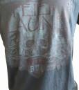 t_shirt_feierlaune_schwarz_totenkopf_detail